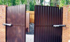 распашные ворота под ключ изображение
